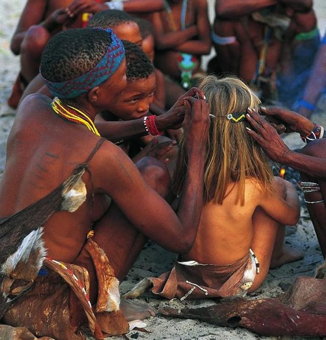 Tippi et les Bushmen