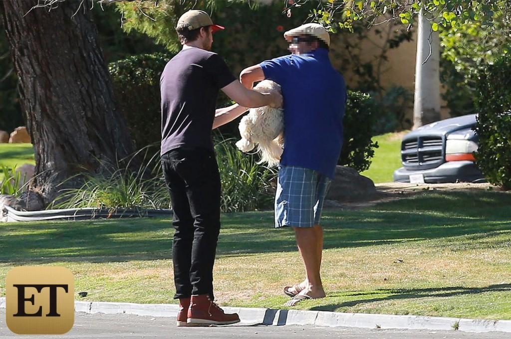 Ryan Gosling sauve un chien