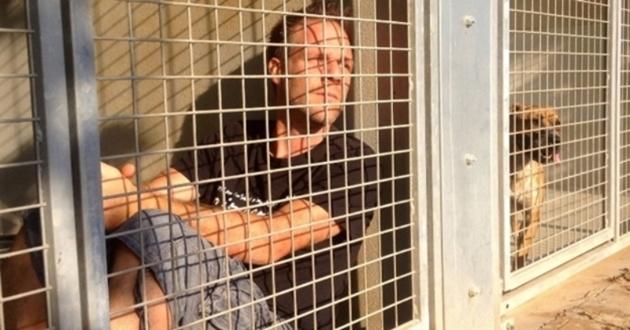 Rémi Gaillard enfermé à la SPA