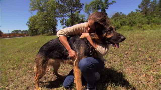 Shannon Lorio et son sauveteur Hero