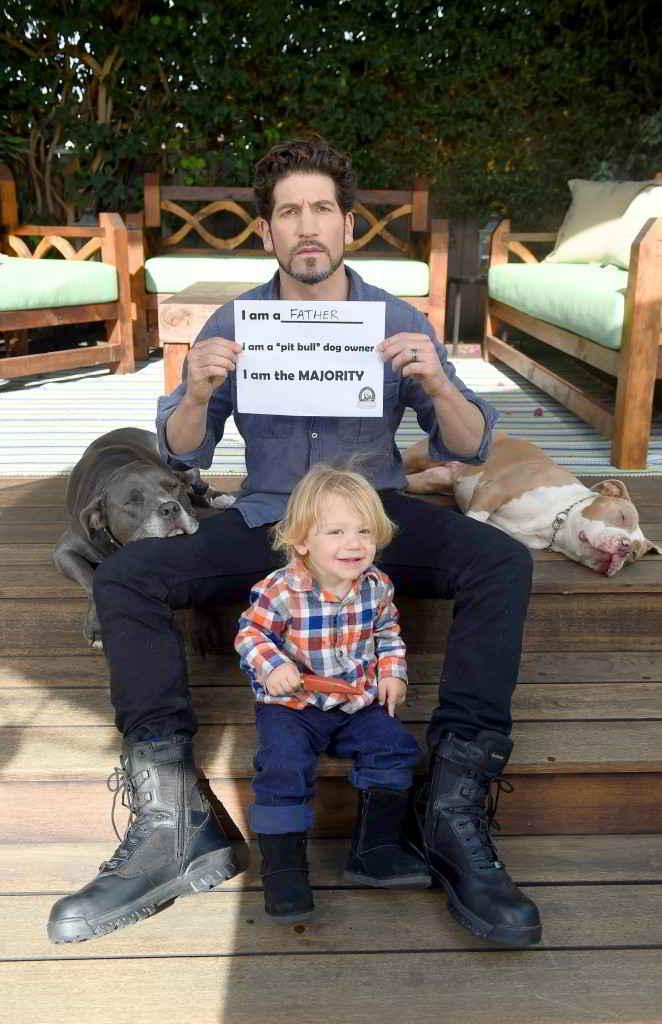 Jon Bernthal et ses pitbull