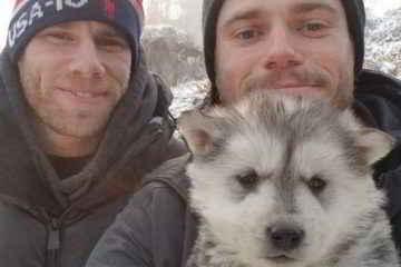 Le skieur Gus Kenworthy et son compagnon, en Corée du Sud, le 23 février 2018