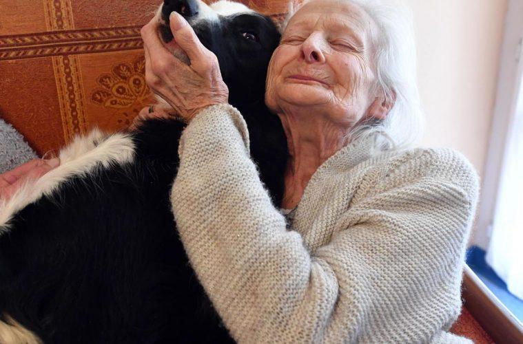 Josette et Lola la chienne