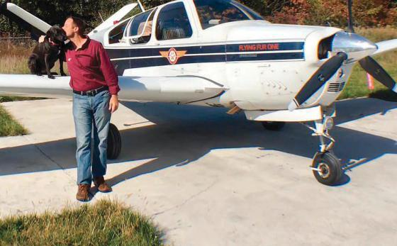 Paul Steklenski et son avion